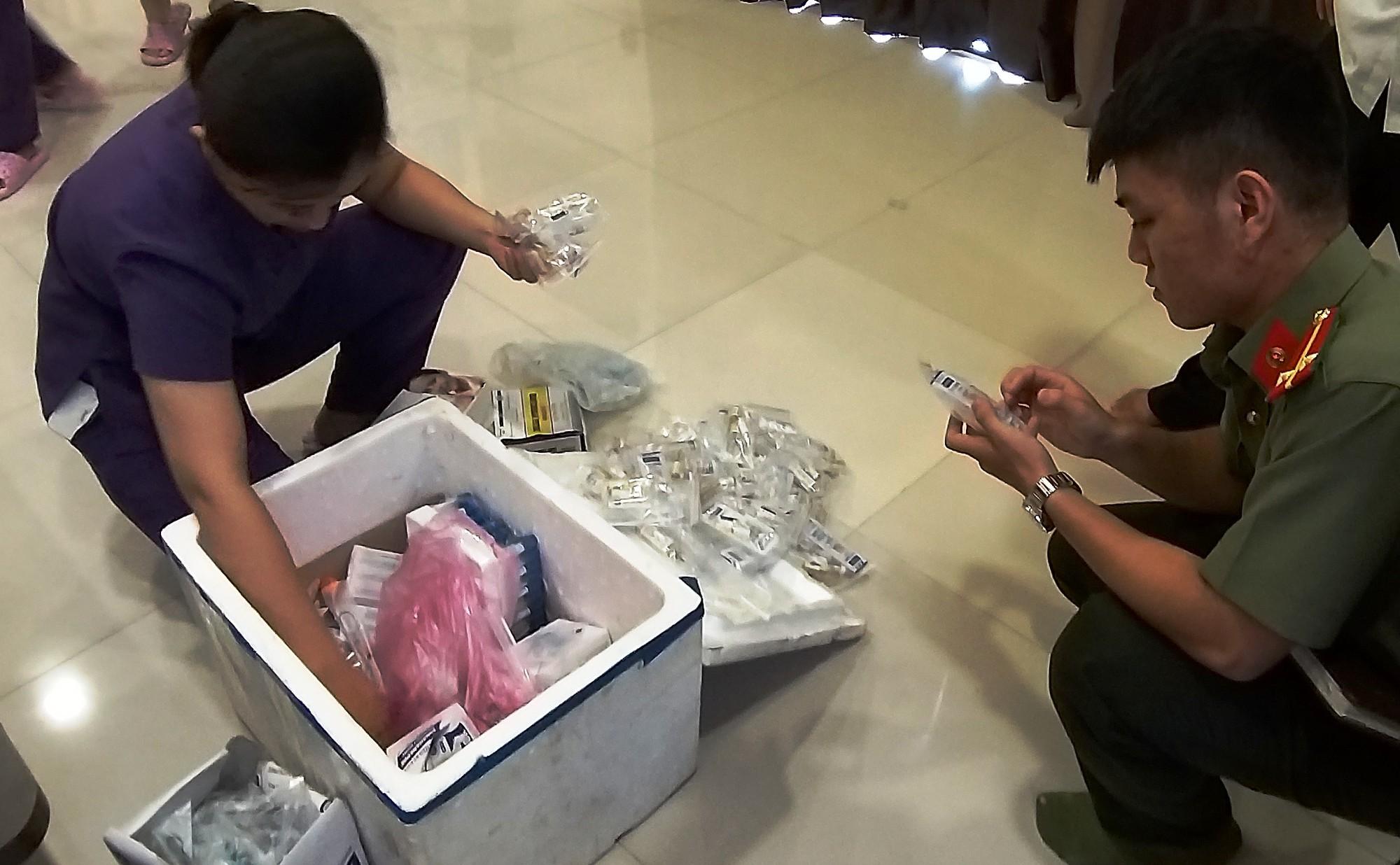 VZN News: 7 phụ nữ kéo đến thẩm mỹ viện ở Đà Nẵng đòi lại tiền vì... làm hoài mà không thấy đẹp - Ảnh 2.