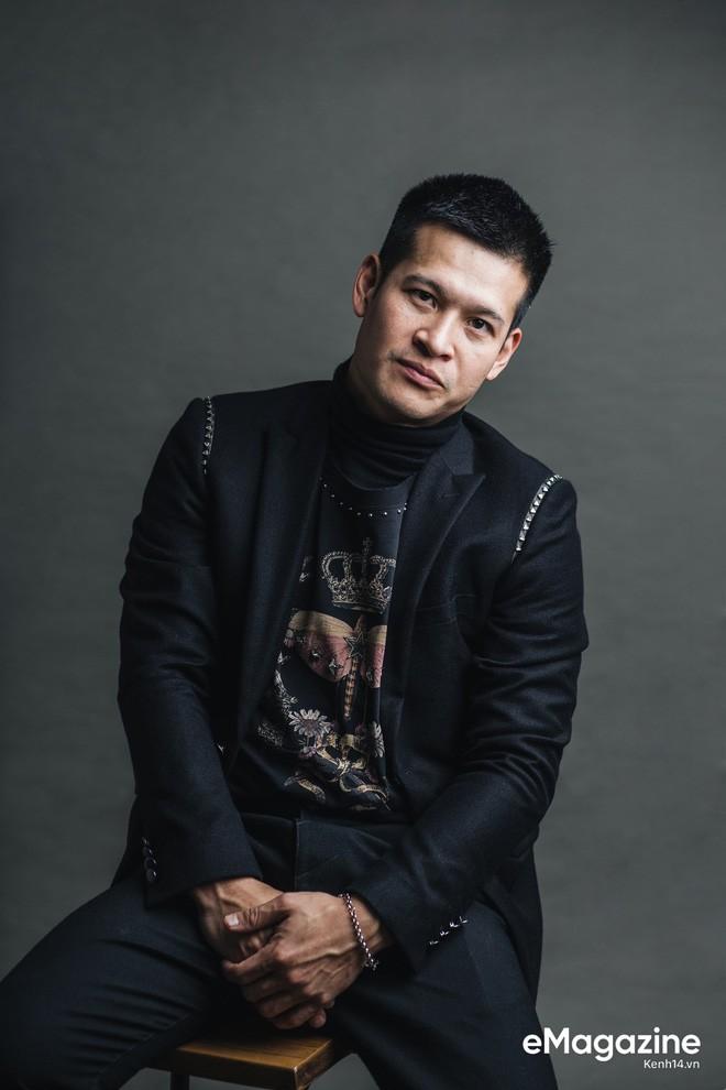 Đạo diễn Việt Tú - người sẽ