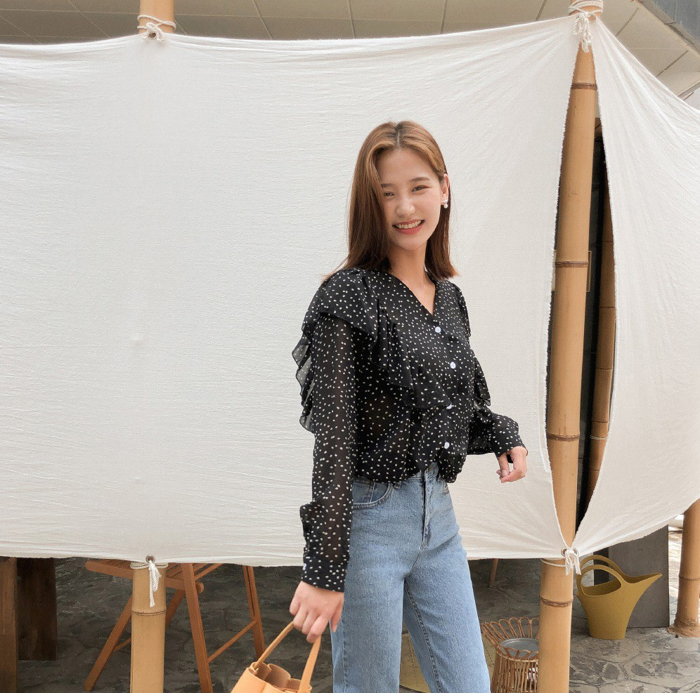 VZN News: Dáng đẹp cỡ Jennie hay Lương Thùy Linh cũng bị hãm hại bởi một mẫu váy áo, chị em nên cẩn trọng khi diện - Ảnh 10.