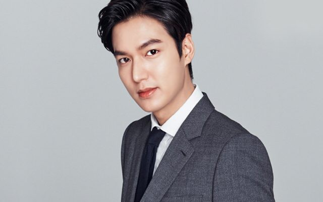 VZN News: Nam Em xứng danh mỹ nhân rung động nhiều nhất Vbiz: Thả thính cả tài tử xứ Hàn, 2 năm dính ồn ào với loạt sao nam - Ảnh 6.