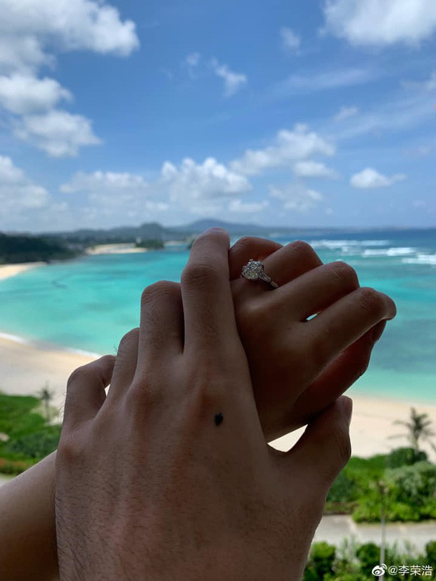 VZN News: Giáo chủ khả ái Dương Thừa Lâm cuối cùng cũng kết hôn, thanh xuân bao thế hệ đã thực sự làm vợ nhà người ta rồi - Ảnh 5.