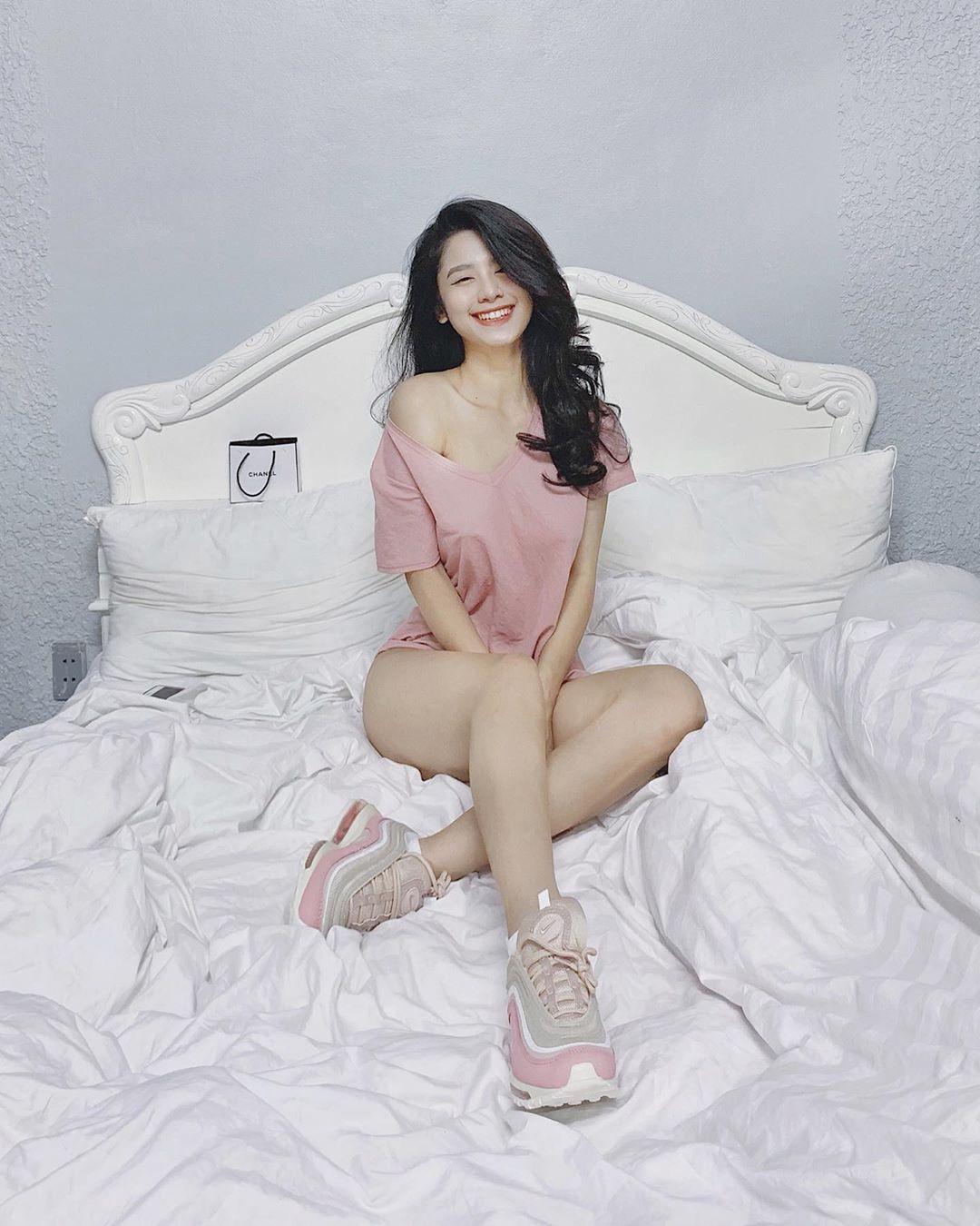 VZN News: Tự bóc phốt phòng ngủ ngập ngụa trong quần áo và rác, Hàn Hằng đăng quang Miss ở bẩn khiến dân mang khiếp đảm - Ảnh 4.