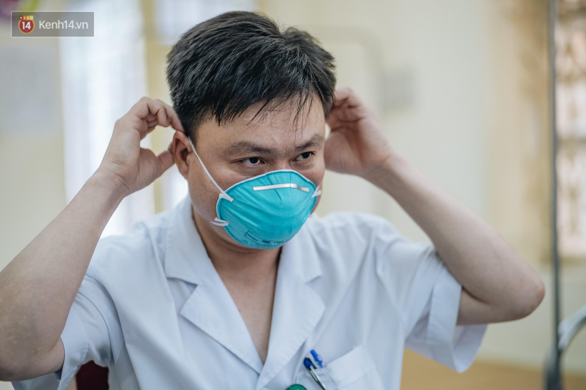VZN News: Bác sĩ cảnh báo tình trạng ô nhiễm không khí ở Hà Nội: Chúng ta đang quá lạm dụng khái niệm khẩu trang y tế - Ảnh 5.