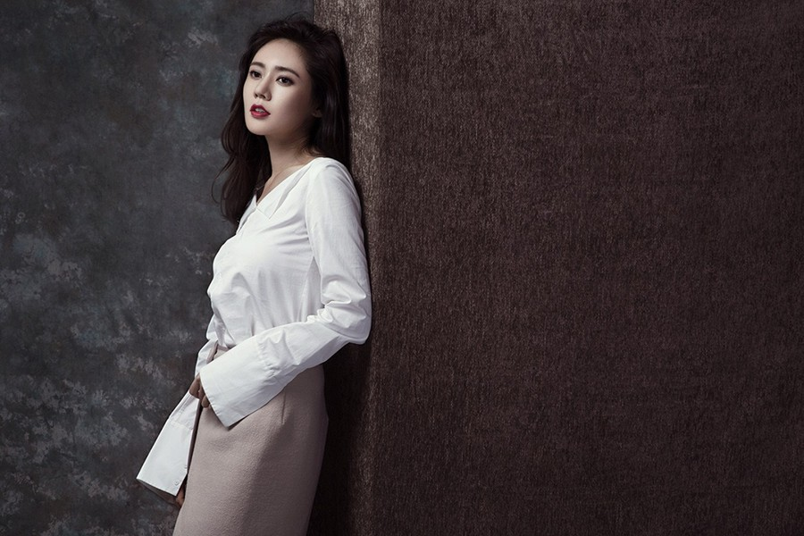 VZN News: Mỹ nhân Hàn Choo Ja Hyun: Bị mẹ ruột rủa chết, chao đảo vì 50 tấm ảnh nóng, kết cục viên mãn bất ngờ bên chồng xứ Trung - Ảnh 6.