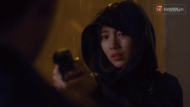Dọa cho nổ tung đầu Suzy, Lee Seung Gi được chị đẹp cho ăn cú tát lật mặt ngay tập 2 Vagabond - Ảnh 5.