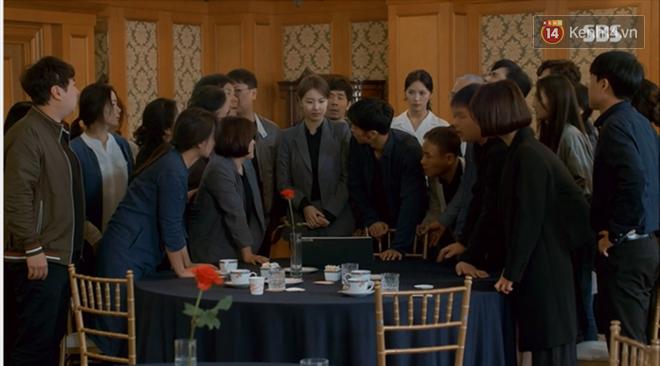 Dọa cho nổ tung đầu Suzy, Lee Seung Gi được chị đẹp cho ăn cú tát lật mặt ngay tập 2 Vagabond - Ảnh 3.
