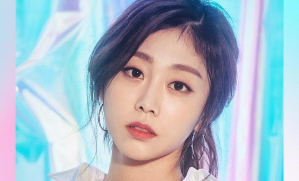 VZN News: Các nhóm nhạc Kpop có thành viên giống nhau đến khó tin: Yoona và Yuri còn chưa gây sốc bằng bộ đôi SEVENTEEN - Ảnh 30.