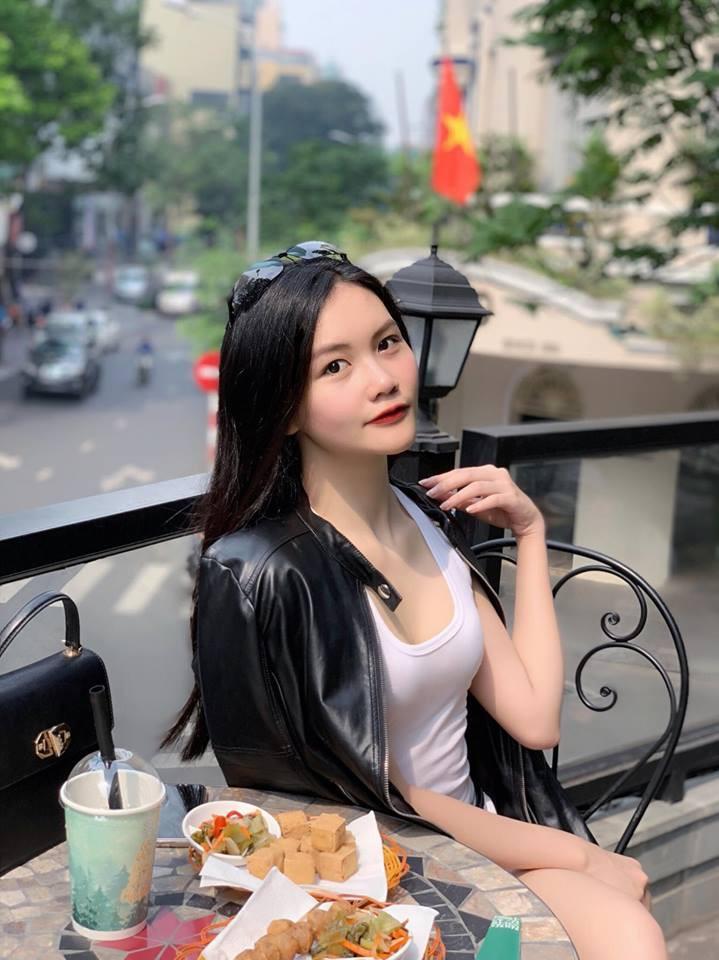 VZN News: Mẫu nhí 13 tuổi từng nổi đình đám vì chiều cao 1m73: Giờ đã là thiếu nữ 18 tuổi xinh đẹp và sang chảnh hết nấc - Ảnh 5.