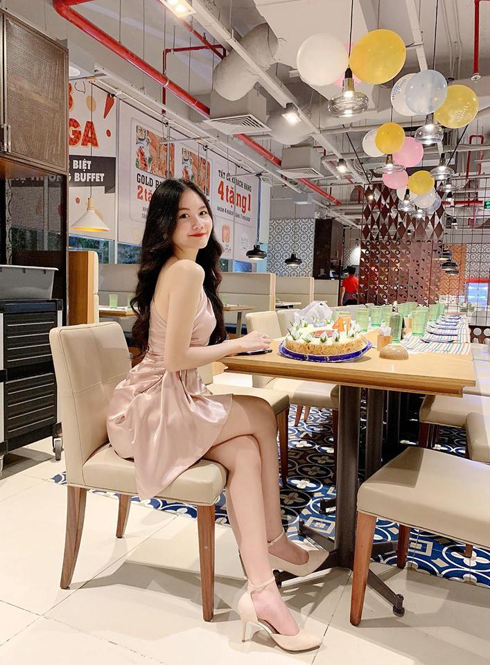 VZN News: Mẫu nhí 13 tuổi từng nổi đình đám vì chiều cao 1m73: Giờ đã là thiếu nữ 18 tuổi xinh đẹp và sang chảnh hết nấc - Ảnh 8.