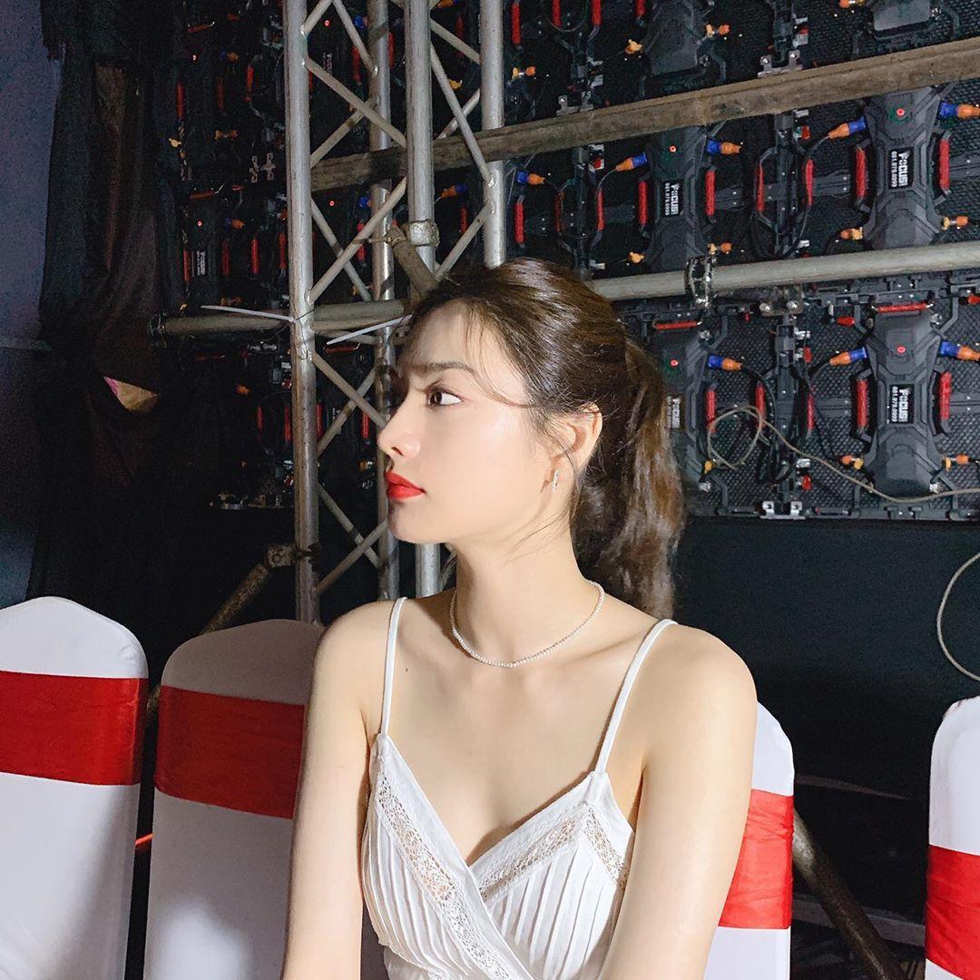 VZN News: Ảnh hậu trường sự kiện ở Việt Nam của Nana khiến Dispatch phải để ý: Câm nín đẳng cấp body mỹ nhân đẹp nhất thế giới! - Ảnh 7.