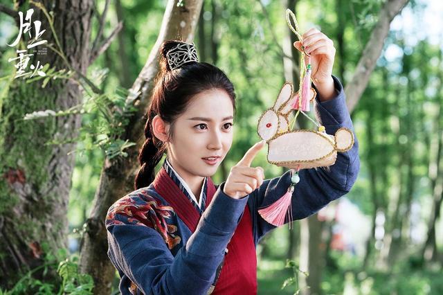Cả nhà ra đây mà xem, La Vân Hi múa võ hệt như Tiểu Long Nữ ở hậu trường phim Nguyệt Thượng Trọng Hỏa - Ảnh 19.