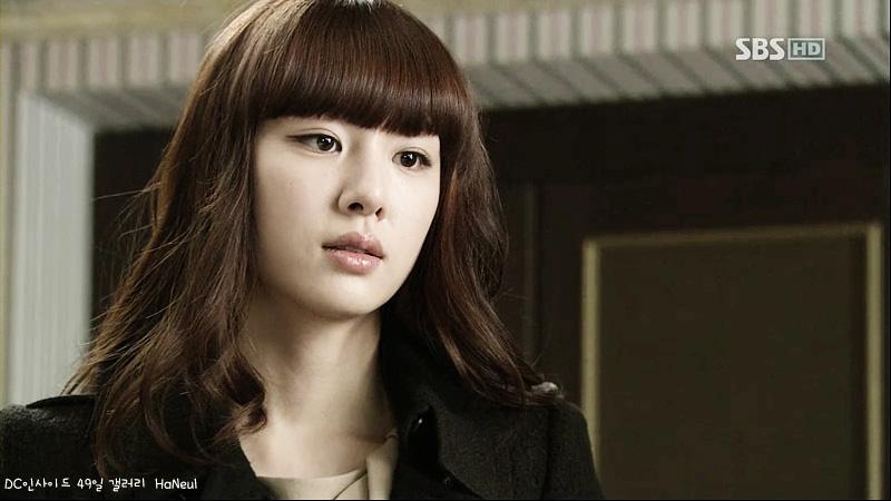 Hôn thê Hyun Bin Seo Ji Hye của Crash Landing On You: Trùm nữ phụ thần thái sang xịn mịn nhưng mãi không phất - Ảnh 5.