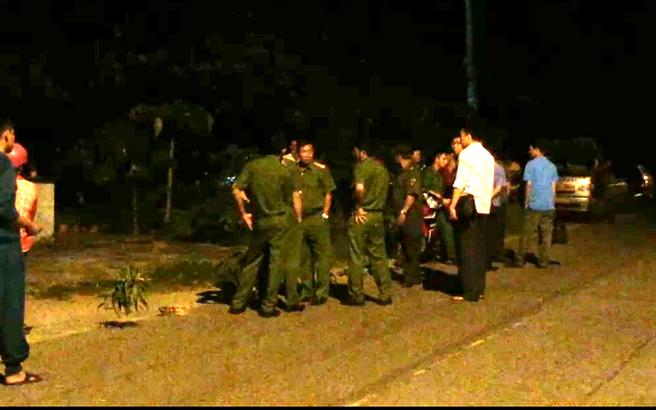 Tài xế xe ôm bị thanh niên dùng dao đâm vào ngực cướp tài sản ở Sài Gòn
