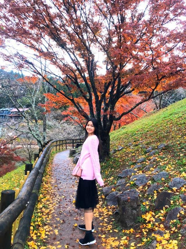 2 công chúa nhà Quyền Linh: Cô chị ra dáng Hoa hậu, cô em cũng cao lớn vượt trội chuẩn mỹ nhân Vbiz tương lai  - Ảnh 2.