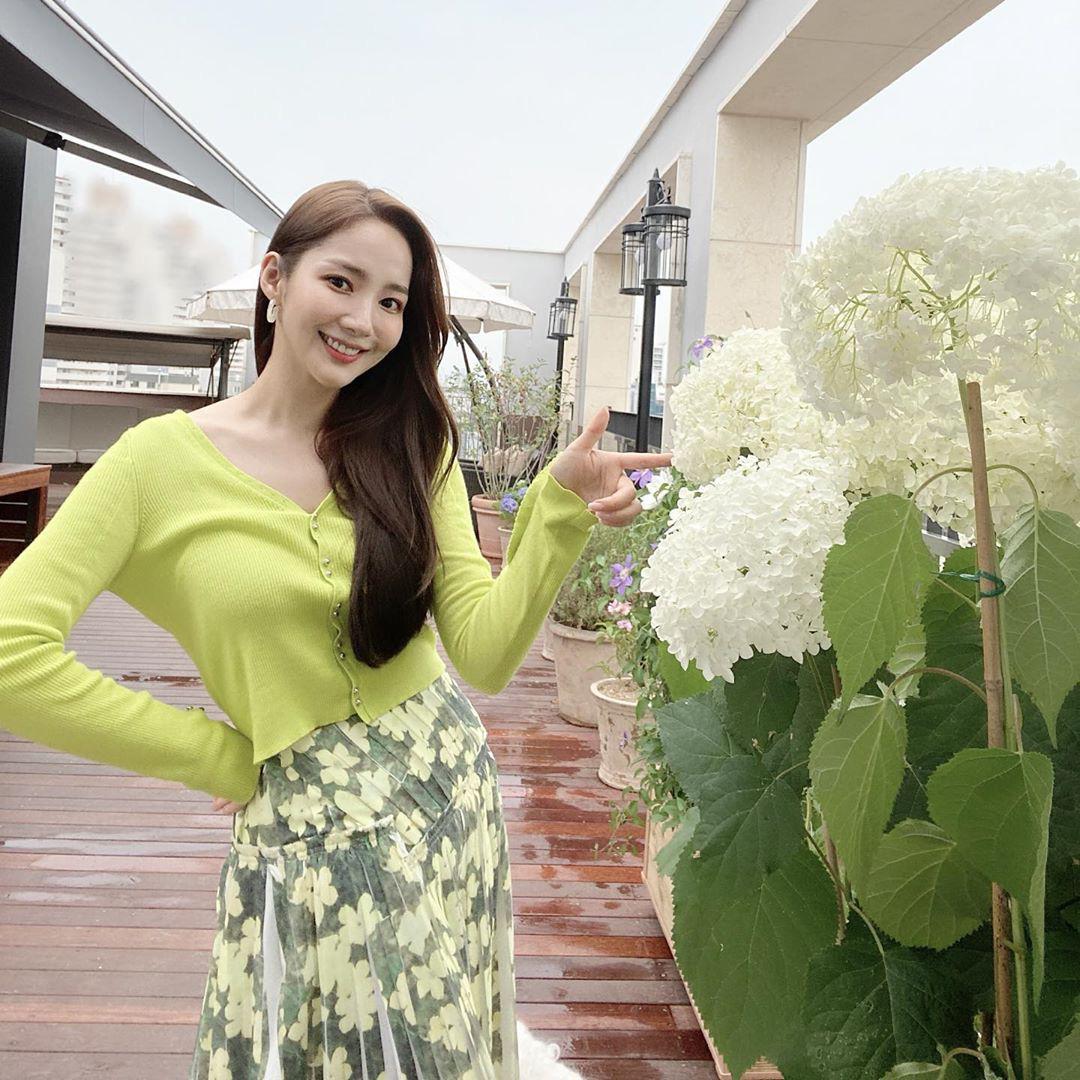 Học Park Min Young 3 set đồ chuẩn đẹp mùa Thu cực dễ mua dễ mặc - Ảnh 7.