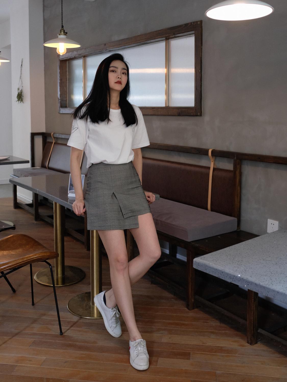 3 kiểu chân váy có khả năng hô biến 5kg, giúp các chị em trông thon thả hơn tức thì - Ảnh 4.