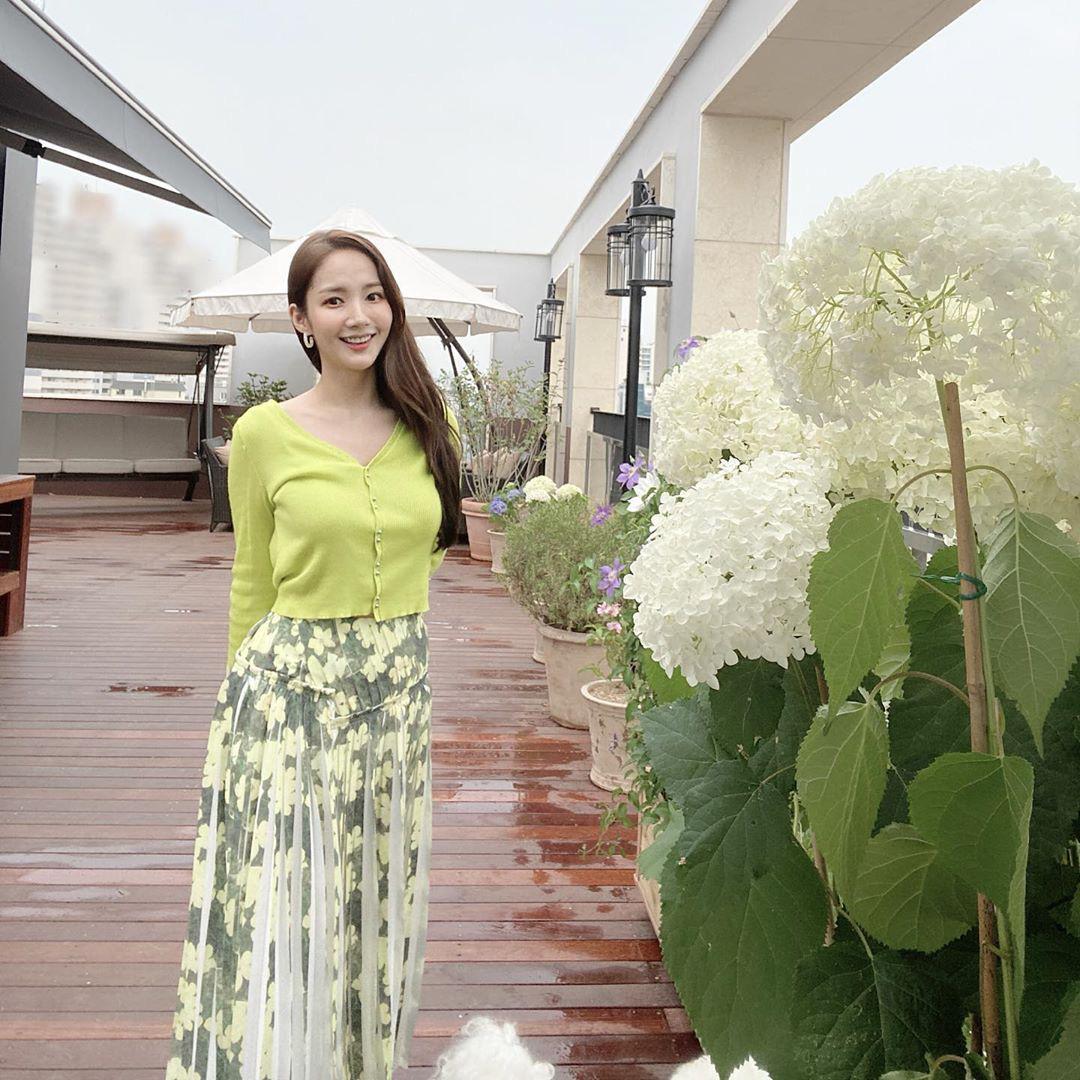 Học Park Min Young 3 set đồ chuẩn đẹp mùa Thu cực dễ mua dễ mặc - Ảnh 6.