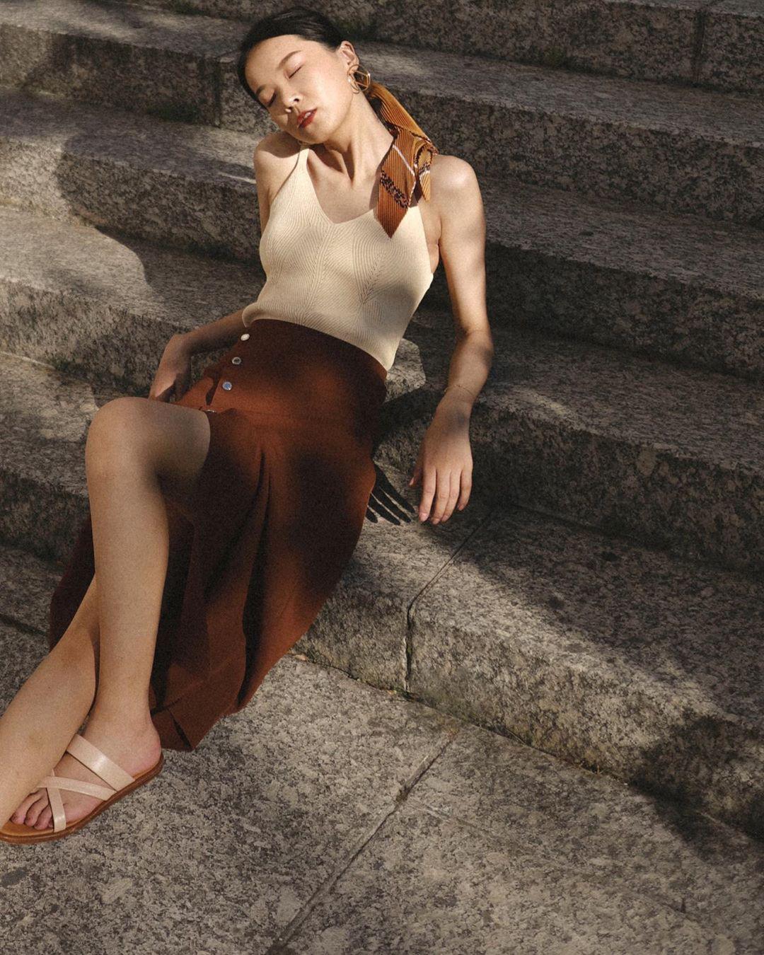 Chân to như cột đình, bạn chỉ cần nhớ 4 tiêu chí chọn quần và váy này thì chân sẽ thon hơn hẳn - Ảnh 7.