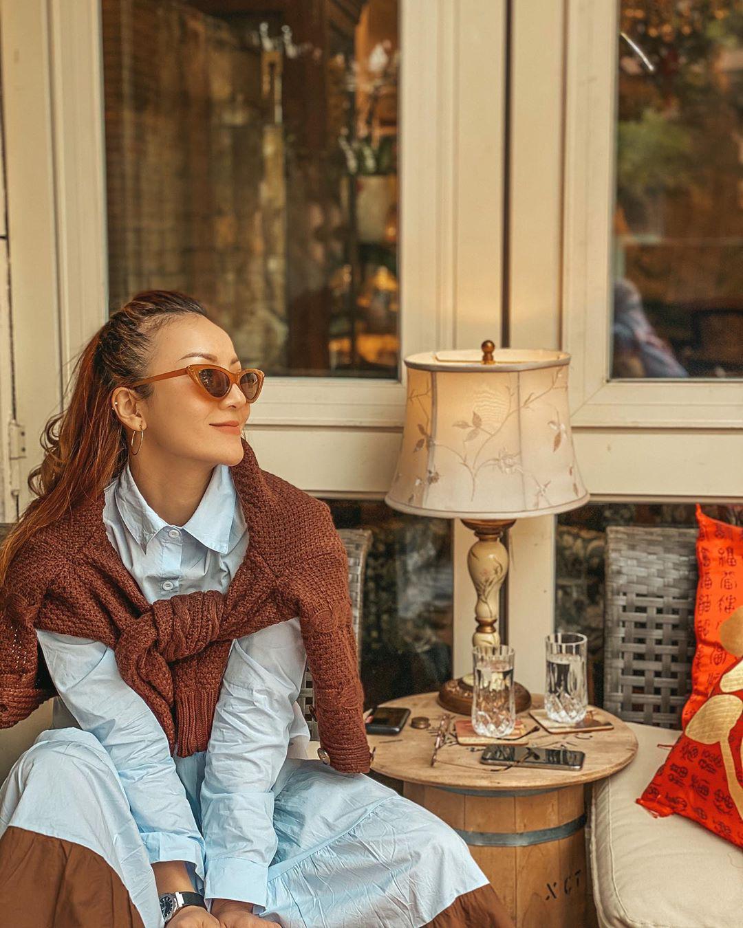 3 kiểu áo khoác khi trời trở lạnh được lòng hội sao Vbiz: Copy theo các nàng sẽ thấy style xịn hơn liền  - Ảnh 10.