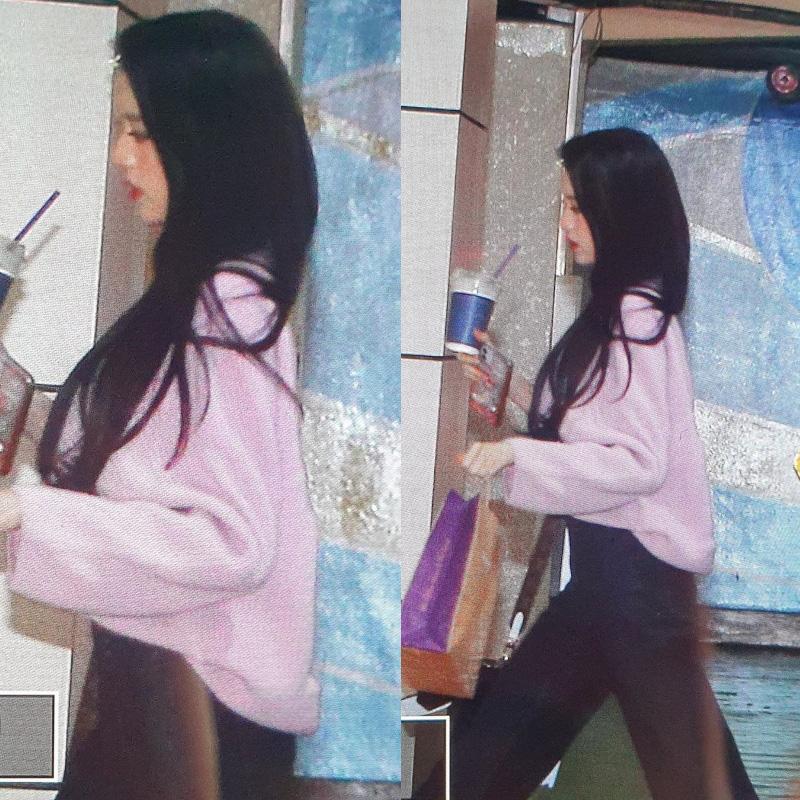 Style khi đi ghi hình của loạt idol Kpop: Người mặc đơn giản vẫn hút, người như trình diễn thời trang - Ảnh 7.