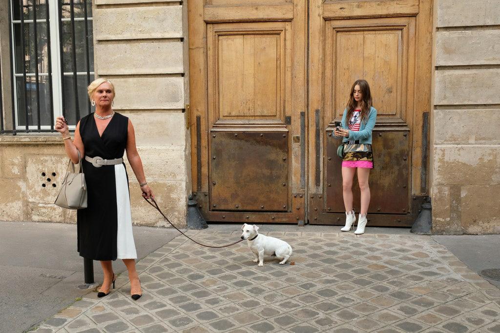 Nữ chính Emily Ở Paris gây sốc tiết lộ tuổi thật của nhân vật: Mới đôi mươi đã có bằng Cao học? - Ảnh 3.