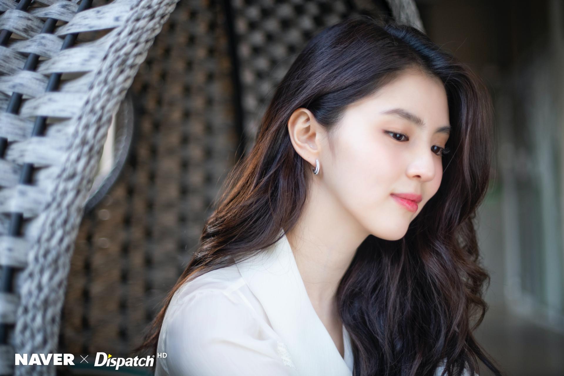 Soi nhược điểm mặt lệch, mũi ngắn của tiểu tam hot nhất xứ Hàn: Lý do cô luôn để một kiểu tóc nhất định là đây - Ảnh 3.