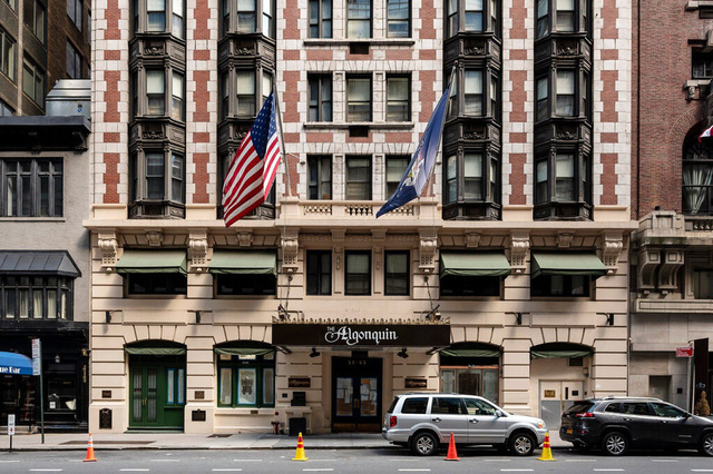 """Ngành du lịch New York, Mỹ """"chao đảo"""" vì COVID-19 - Ảnh 3."""