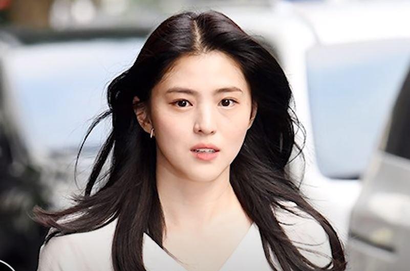 Soi nhược điểm mặt lệch, mũi ngắn của tiểu tam hot nhất xứ Hàn: Lý do cô luôn để một kiểu tóc nhất định là đây - Ảnh 8.