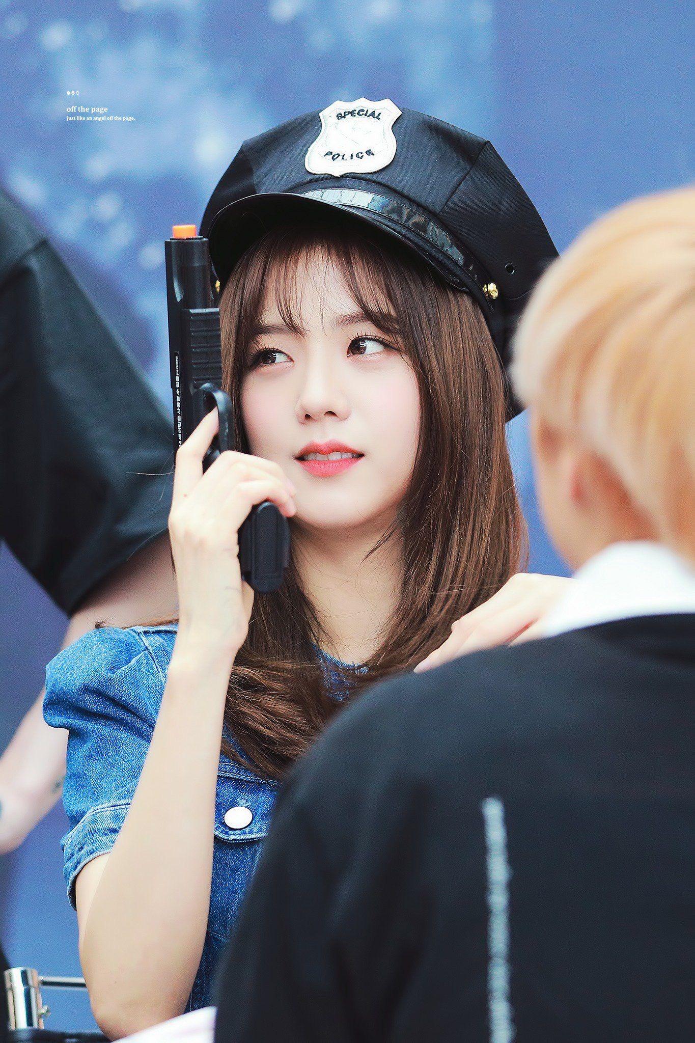 30 nữ idol Kpop hot nhất hiện nay: BLACKPINK đua top trở lại hậu comeback, thứ hạng TWICE và Red Velvet quá khó hiểu - Ảnh 4.