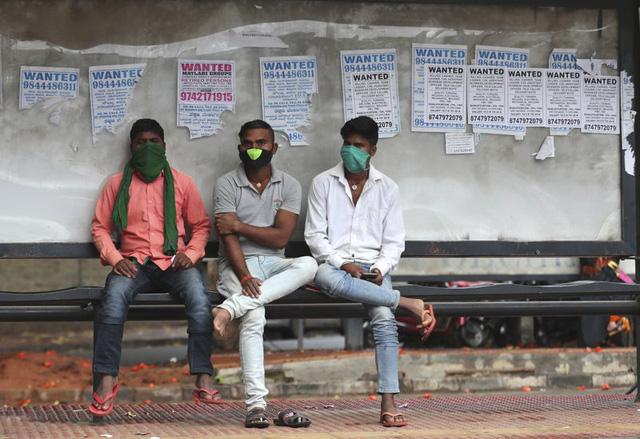 Ấn Độ xác định 300 triệu người được ưu tiên tiêm vaccine COVID-19 - Ảnh 3.