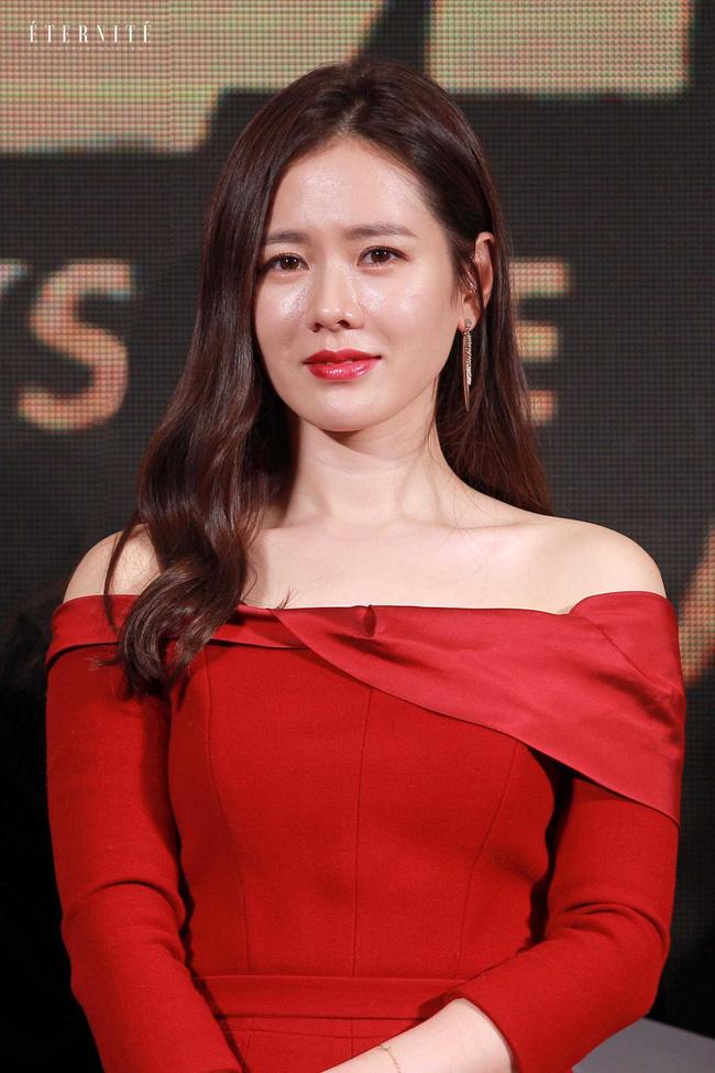 Cú lừa câu like của phim Hàn: Son Ye Jin - Song Hye Kyo bị lợi dụng tên tuổi, Jiyeon - Jisoo trở thành mồi nhử khiến fan nội chiến - ảnh 1