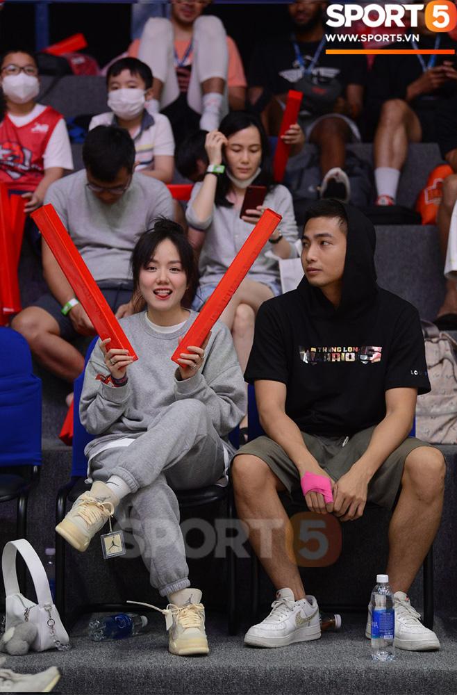 Ca sĩ Phương Ly bật mí những khó khăn khi xem trận chung kết sớm tại VBA Arena - ảnh 3