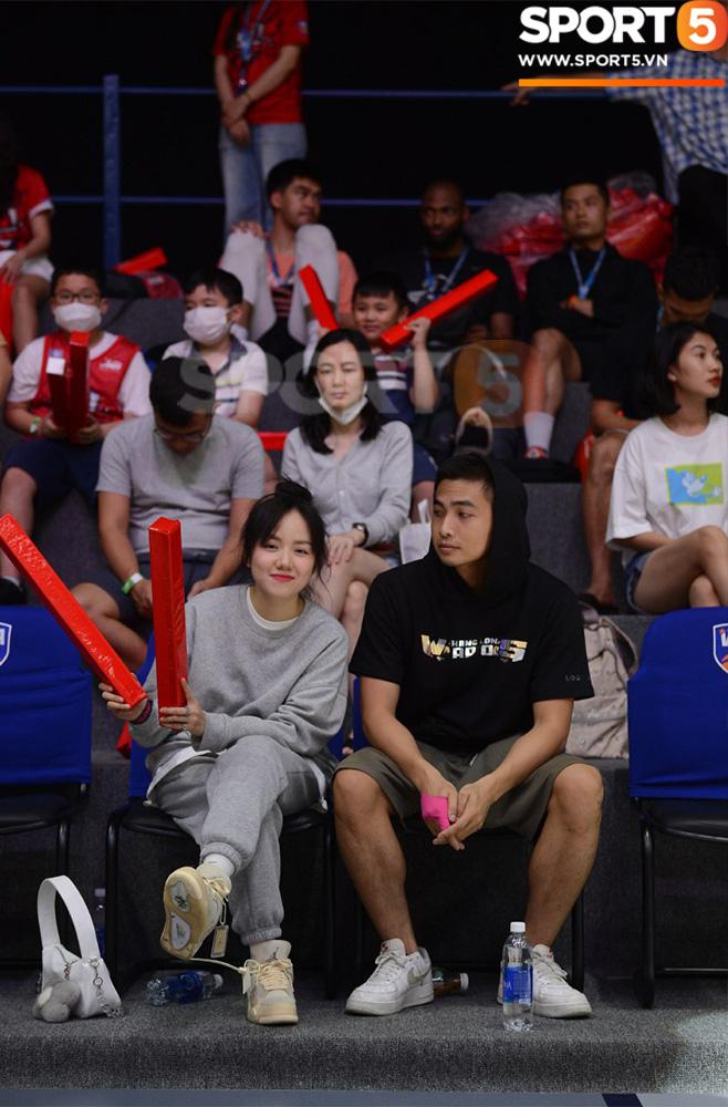 Ca sĩ Phương Ly bật mí những khó khăn khi xem trận chung kết sớm tại VBA Arena - ảnh 4