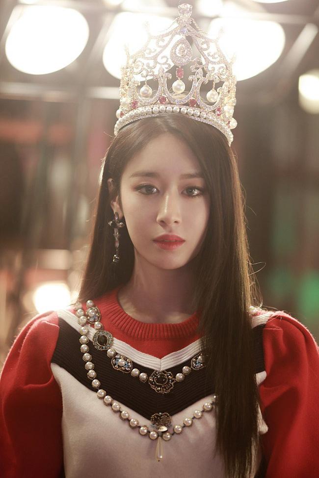 Cú lừa câu like của phim Hàn: Son Ye Jin - Song Hye Kyo bị lợi dụng tên tuổi, Jiyeon - Jisoo trở thành mồi nhử khiến fan nội chiến - ảnh 9