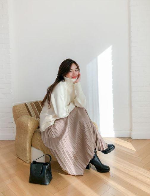 Đến cả đôi chân cột đình cũng thon gọn nhẹ nhàng nhờ 5 kiểu chân váy độc quyền cho ngày lạnh - ảnh 10