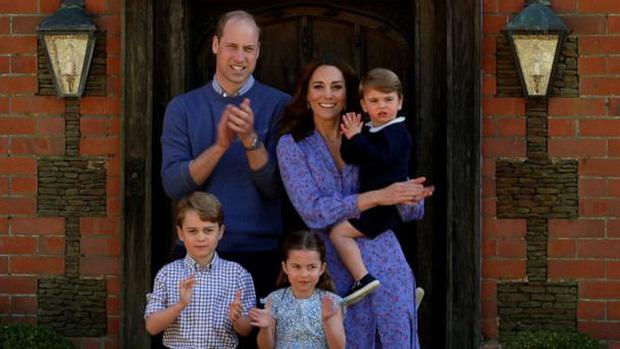 Trong một cuộc phỏng vấn bí mật, Công nương Diana từng thẳng thừng tuyên bố gây choáng về việc nối ngôi của chồng và con trai cả? - ảnh 3