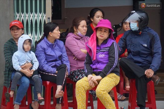 Nước mắt người vợ chiến sĩ hy sinh ở Sư đoàn 337: Giờ anh mất, muốn đưa thi thể về nhà cũng không được vì quê Quảng Bình vẫn còn ngập lụt - Ảnh 5.