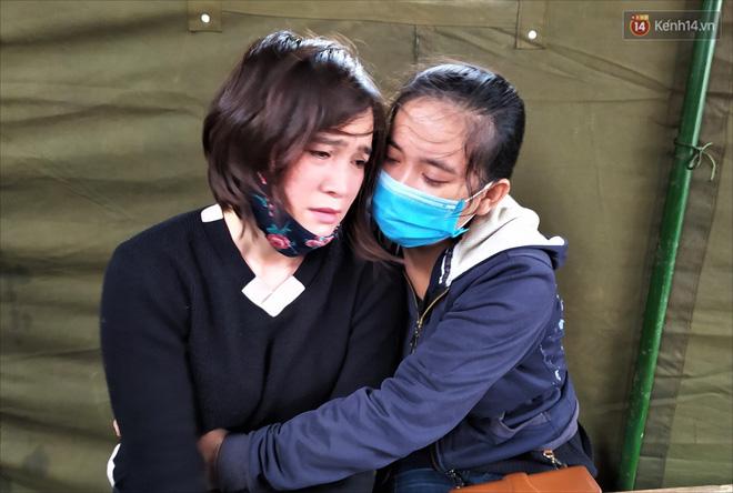 Nước mắt người vợ chiến sĩ hy sinh ở Sư đoàn 337: Giờ anh mất, muốn đưa thi thể về nhà cũng không được vì quê Quảng Bình vẫn còn ngập lụt - Ảnh 7.