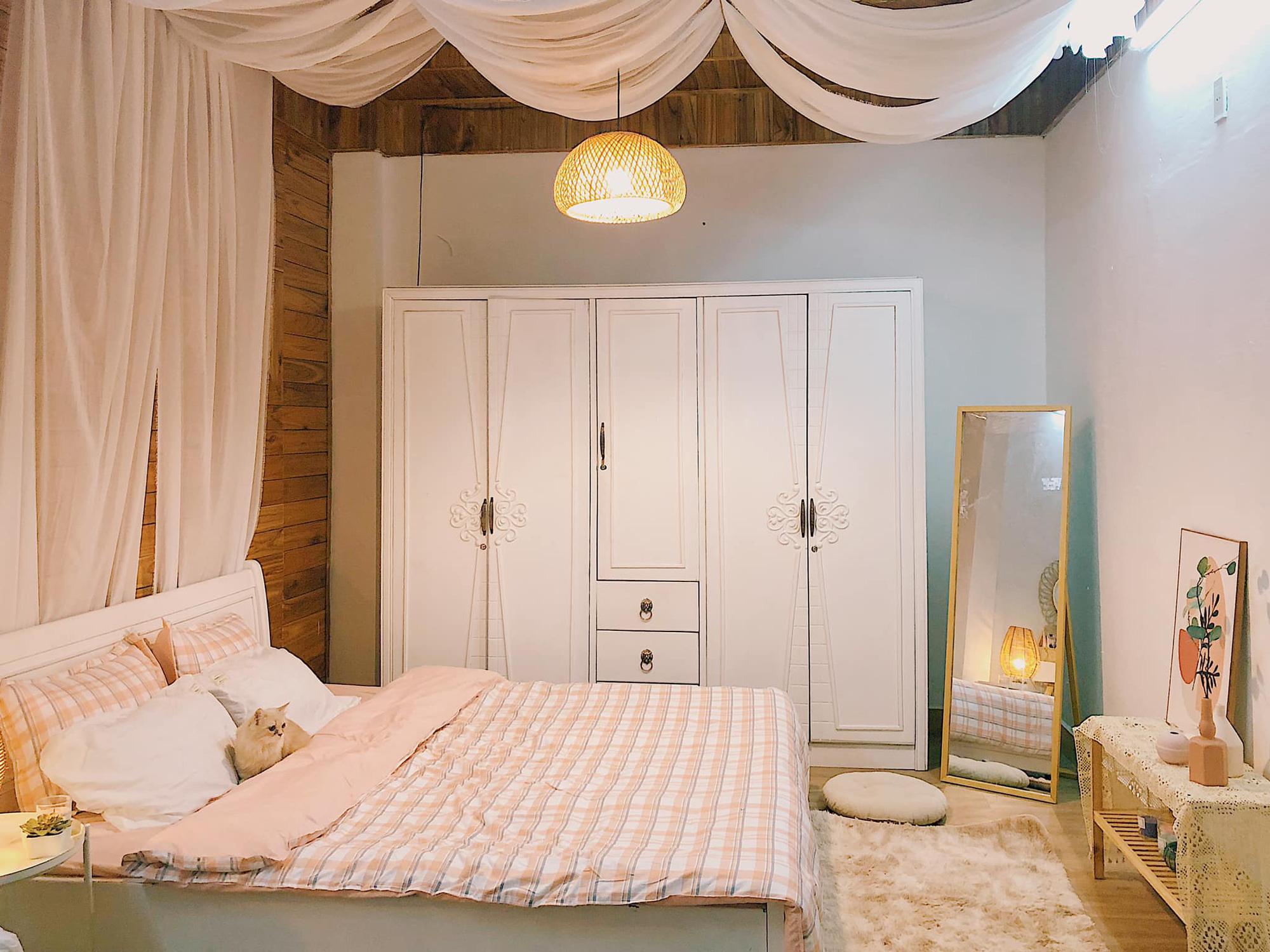 toc tit 2 16031858322601227236308 - Mách bạn mẹo nhỏ khi chọn giấy dán tường phòng ngủ