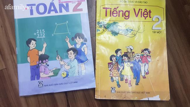 Hoang mang với phiên bản mới của bài thơ Thương ông trong sách tiếng Việt lớp 2: Vần điệu trúc trắc, khó nhớ, nội dung xa lạ? - ảnh 2