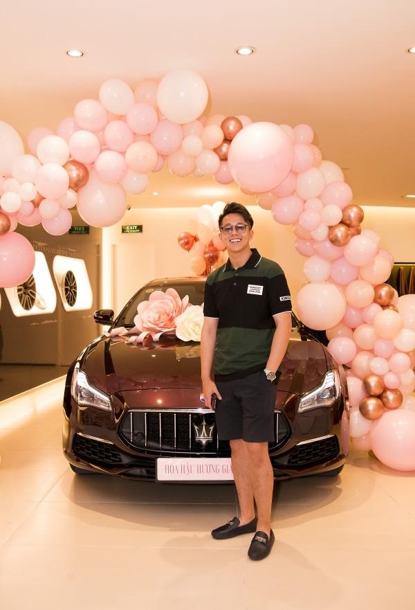 Hương Giang lái siêu xe Matt Liu tặng đến workshop Hoa hậu Chuyển giới Việt Nam, giật trọn spotlight với khí chất sang chảnh - ảnh 6