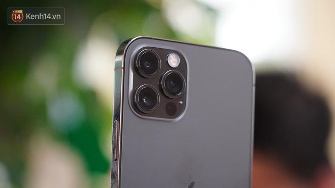 Trên tay iPhone 12 và iPhone 12 Pro tại Việt Nam - ảnh 17