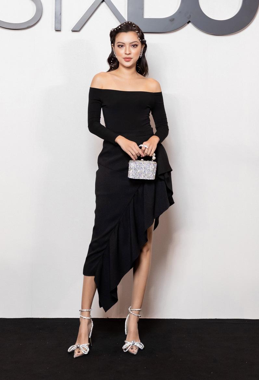 Angela Phương Trinh comeback chặt đẹp dàn mỹ nhân, Khánh Linh đã dát vàng lông mày còn xách túi lồng chim nửa tỷ - Ảnh 16.