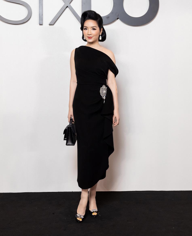 Angela Phương Trinh comeback chặt đẹp dàn mỹ nhân, Khánh Linh đã dát vàng lông mày còn xách túi lồng chim nửa tỷ - Ảnh 10.