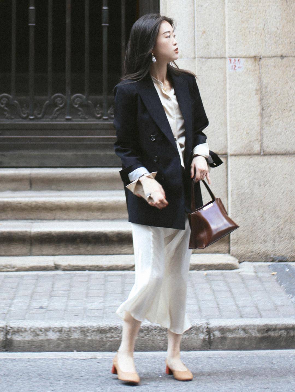 Nàng blogger chỉ ra 3 kiểu giày đáng sắm nhất khi thời tiết giao mùa - Ảnh 6.