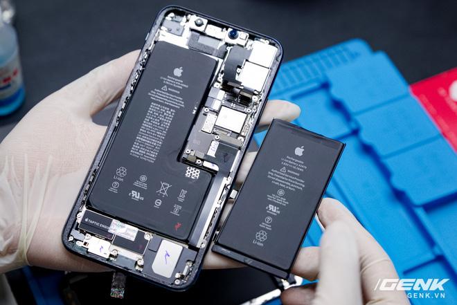 Mổ bụng iPhone 12 Pro đầu tiên tại Việt Nam: Sắp xếp vị trí linh kiện có chút khác biệt, bo mạch chữ L, pin 2815mAh - ảnh 22