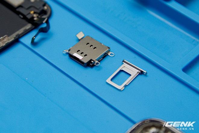 Mổ bụng iPhone 12 Pro đầu tiên tại Việt Nam: Sắp xếp vị trí linh kiện có chút khác biệt, bo mạch chữ L, pin 2815mAh - ảnh 5