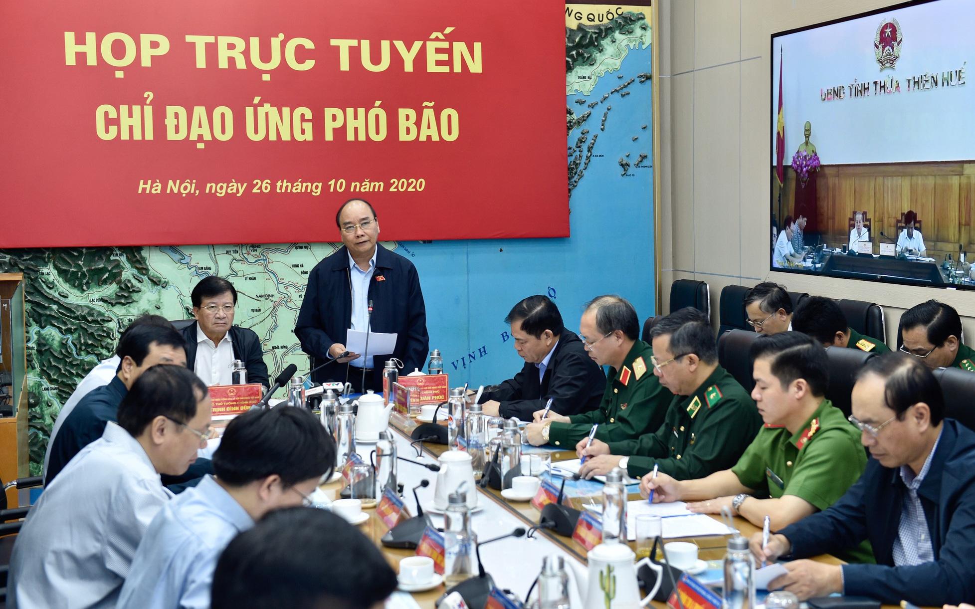 Bão số 9 được dự báo mạnh đặc biệt, Thủ tướng họp khẩn với các địa phương, kích hoạt rủi ro thiên tai cấp 4