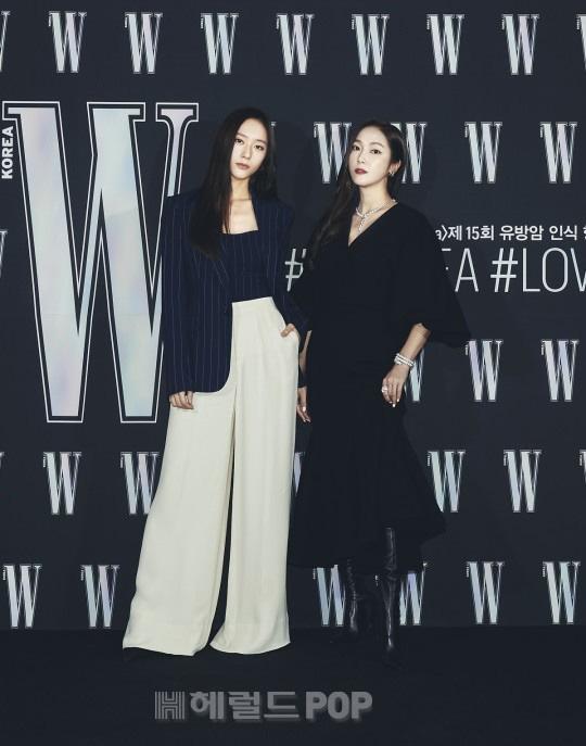 Gần nửa Kbiz đổ bộ sự kiện khủng: Park Min Young mặt cứng đờ, Jessica bị chê dừ chát, mỹ nhân Red Velvet đọ sắc bên Park Shin Hye - ảnh 7