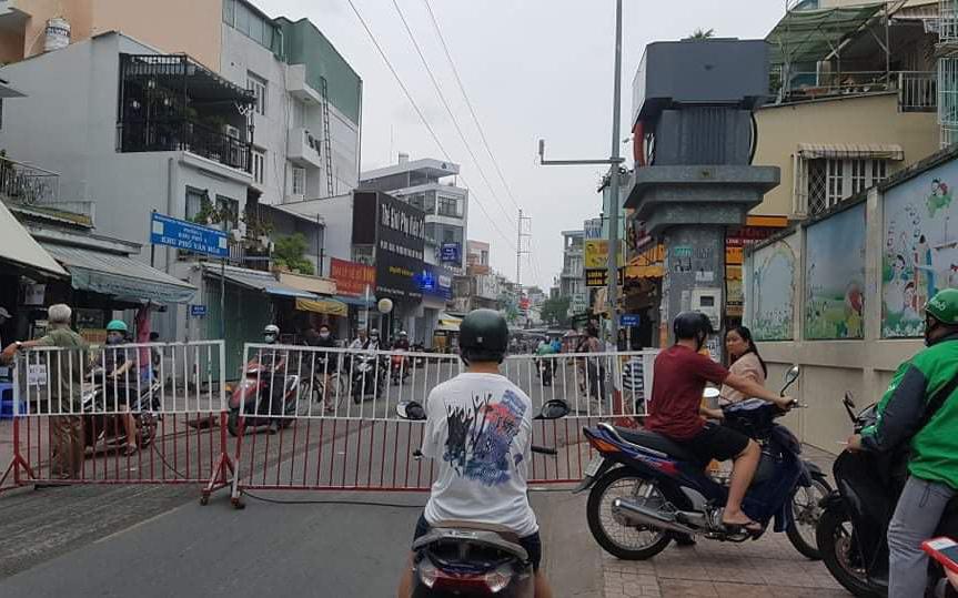 Nhà trong hẻm ở Sài Gòn bốc cháy khiến 1 người phụ nữ tử vong
